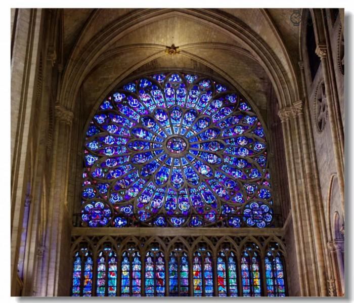 """手表上的""""巴黎圣母院"""""""
